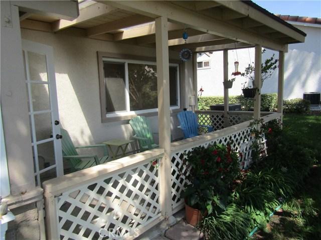 28032 Via Bonalde, Mission Viejo CA: http://media.crmls.org/medias/e8d5697f-0c83-4e08-8c51-a887d7646770.jpg