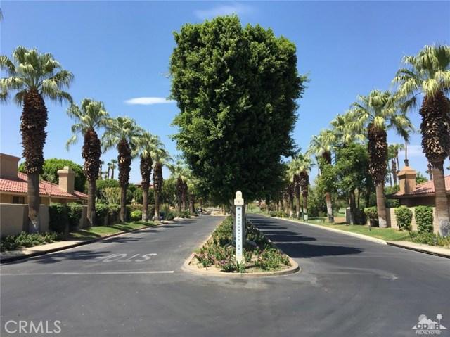 77626 Woodhaven Drive, Palm Desert CA: http://media.crmls.org/medias/e8d71280-1c48-48e9-a9a3-897db3f25680.jpg