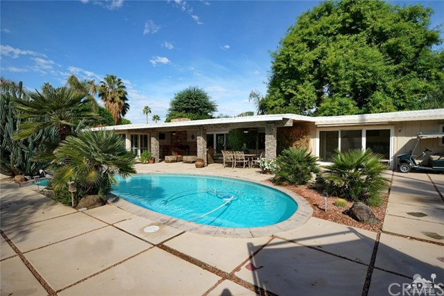 71443 Country Club Drive, Rancho Mirage CA: http://media.crmls.org/medias/e8f4121b-8187-4eec-96b8-e4b30b58fc5f.jpg
