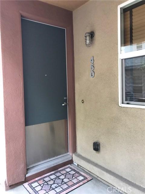 450 E Jeanette Lane, Santa Ana CA: http://media.crmls.org/medias/e8f435b6-4ade-4940-bd76-136bde280015.jpg