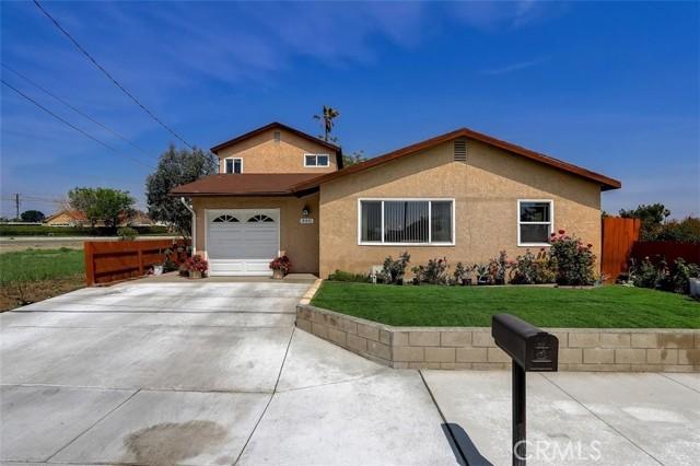 440 W Randall Avenue, Rialto CA: http://media.crmls.org/medias/e9036e20-7060-46d0-8fae-56a1b13f8942.jpg