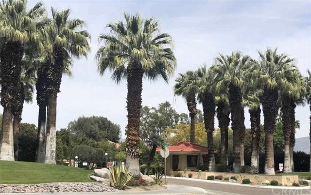 2809 N Los Felices E Circle, Palm Springs CA: http://media.crmls.org/medias/e91c4c90-d23c-42e4-b47d-2922f29d8db4.jpg