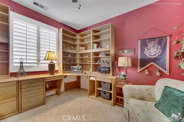 43715 Riunione Place, Indio CA: http://media.crmls.org/medias/e9208f1a-a73a-40ff-b495-f5c53d1f5549.jpg