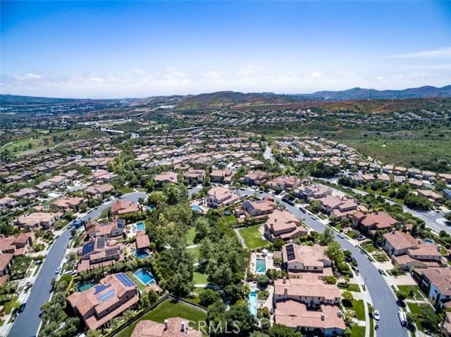 15 Via Conocido, San Clemente CA: http://media.crmls.org/medias/e93d9352-c76f-4f33-9e31-afc1f45024b4.jpg