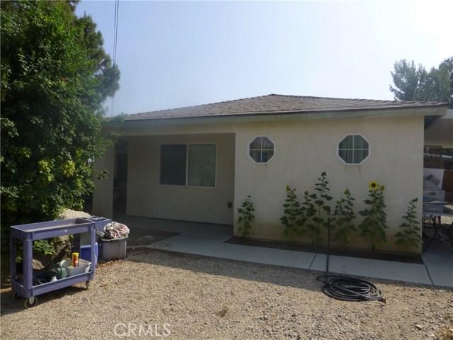 3481 Grant Street, Corona CA: http://media.crmls.org/medias/e94162ba-4e7a-415d-ae04-f16807c2787d.jpg