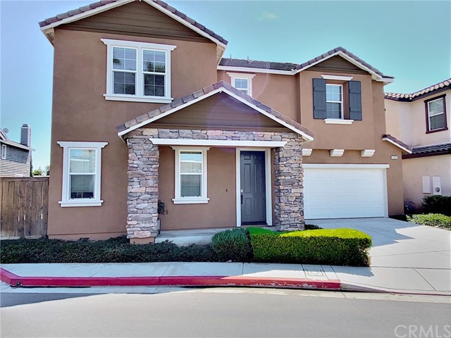 12892 Pomelo Lane, Garden Grove CA: http://media.crmls.org/medias/e94634c4-e4e0-44a9-939b-0491d8664beb.jpg