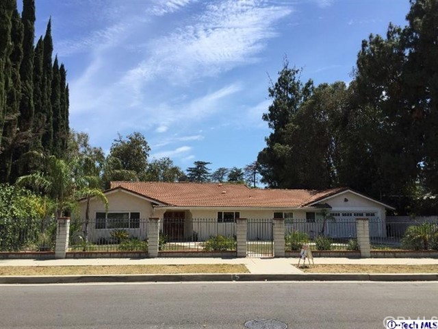 17456 Napa Street Northridge CA  91325