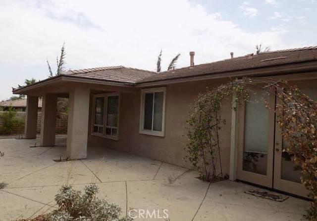 221 Via Firenza, Rancho Mirage CA: http://media.crmls.org/medias/e94e438f-c958-4466-b838-1222f944ed3d.jpg