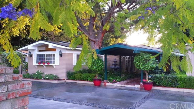 Single Family Home for Sale at 321 South Hillview St 321 Hillview Anaheim, California 92804 United States