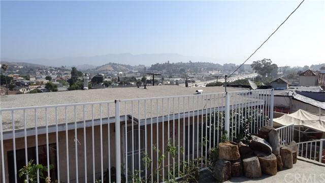3741 Woolwine Dr, City Terrace, CA 90063 Photo