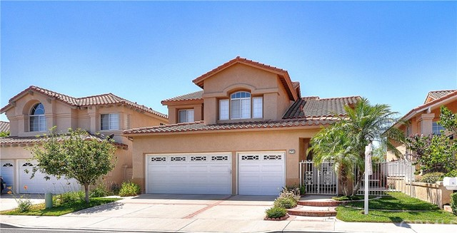 Single Family Home for Rent at 71 Monserrat Lake Forest, California 92610 United States