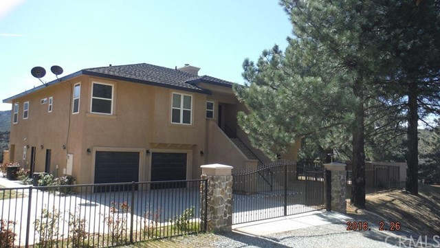 Single Family Home for Sale at 47668 Twin Pines Road Banning, California 92220 United States