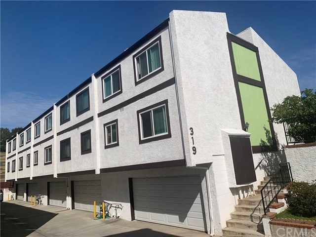 Detail Gallery Image 1 of 21 For 319 S Chandler Ave #D,  Monterey Park,  CA 91754 - 3 Beds | 2/1 Baths