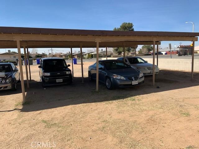 13401 Navajo Road, Apple Valley CA: http://media.crmls.org/medias/e9719831-da06-43f1-9dfc-3f74254a53d6.jpg
