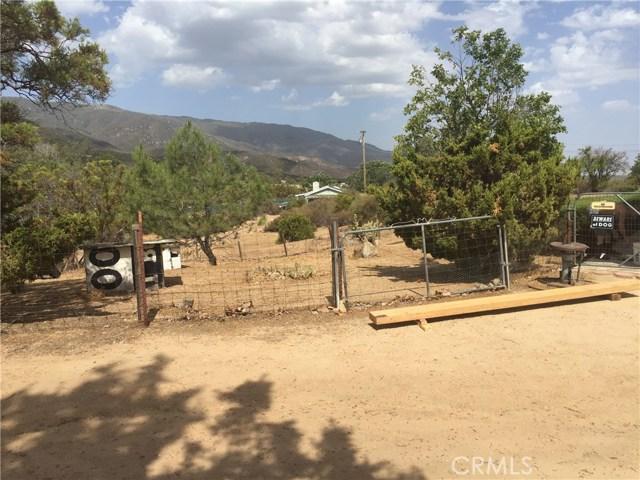 35285 Highway 79, Warner Springs CA: http://media.crmls.org/medias/e972aeb9-6deb-4213-87fe-4f884889f35e.jpg