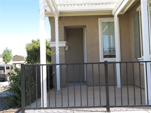 403 Palm Avenue, San Jacinto CA: http://media.crmls.org/medias/e97fa503-5f6a-4773-b5a5-e05bd87d589d.jpg