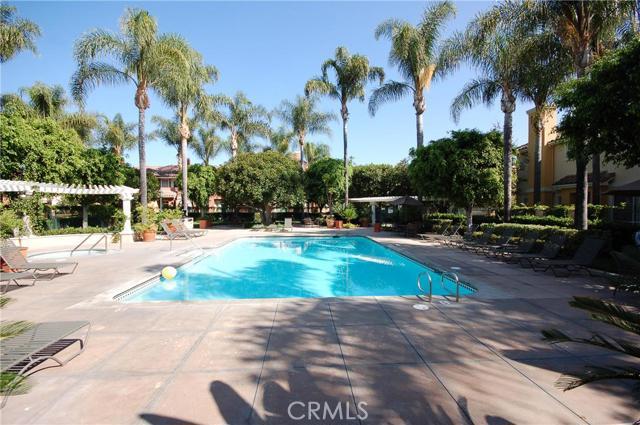 910 Reggio Aisle, Irvine, CA 92606 Photo 15