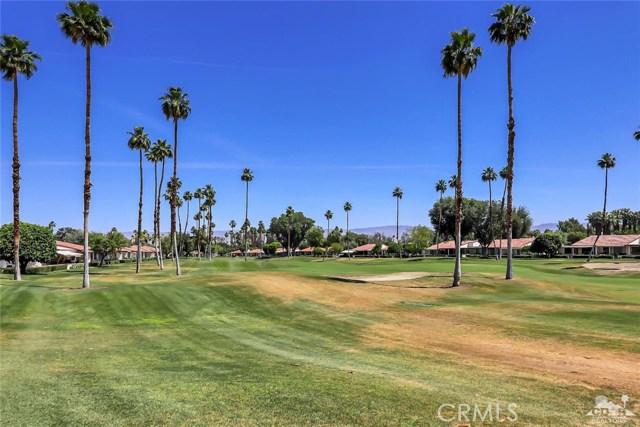 52 Durango Circle, Rancho Mirage CA: http://media.crmls.org/medias/e98c7810-e51e-47ca-92ac-b9fdce50a088.jpg