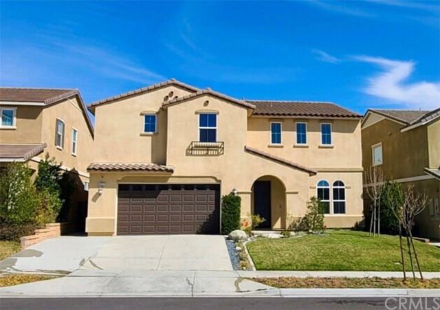 Detail Gallery Image 1 of 32 For 4777 Condor Ave, Fontana,  CA 92336 - 4 Beds | 3/1 Baths