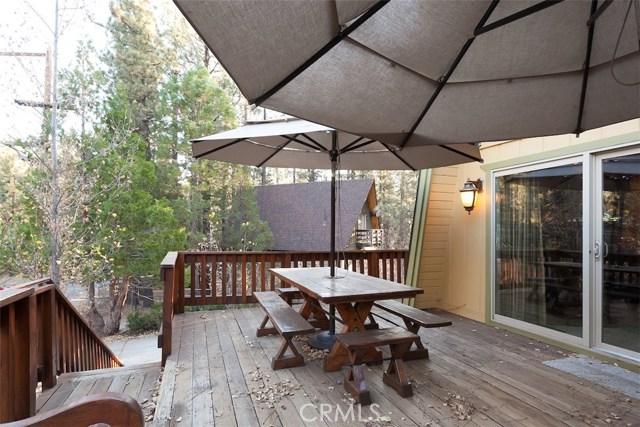 368 Santa Clara Boulevard, Big Bear CA: http://media.crmls.org/medias/e99cc573-4c34-4924-b193-338b95a79fd1.jpg