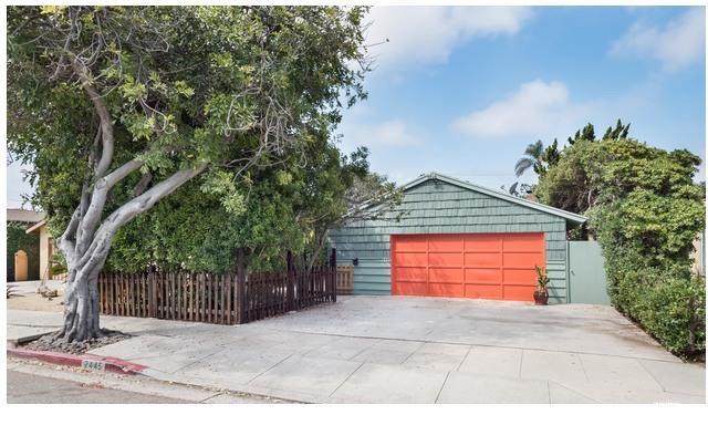 2445 Walgrove Avenue  Los Angeles CA 90066