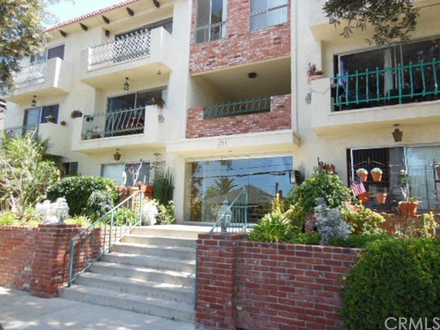2721 6th St, Santa Monica, CA 90405 Photo 2