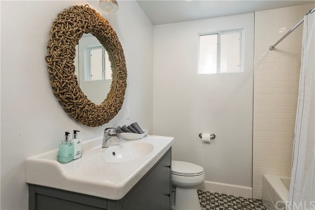 Additional photo for property listing at 3513 Oak Avenue  Manhattan Beach, California,90266 Stati Uniti