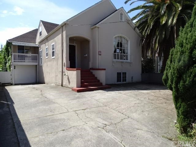 Single Family Home for Sale at 388 Palm Avenue Oakland, California 94610 United States