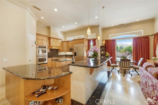 21 Toscana Way, Rancho Mirage CA: http://media.crmls.org/medias/e9c2c21c-6c02-442d-8711-e26f8bd5985e.jpg