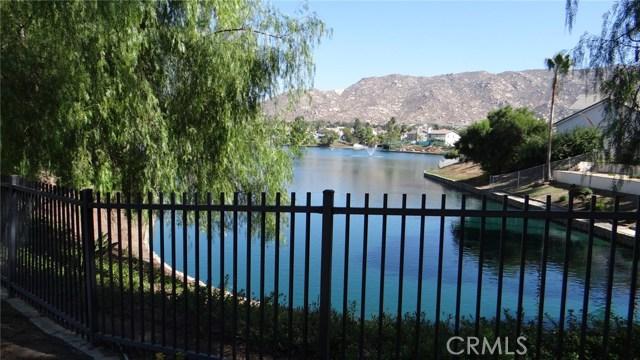 26400 Thoroughbred Lane, Moreno Valley CA: http://media.crmls.org/medias/e9c5eab2-d17d-4812-a85a-637a060158ec.jpg