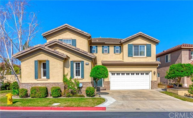 Photo of 905 Pebble Beach Place, Placentia, CA 92870