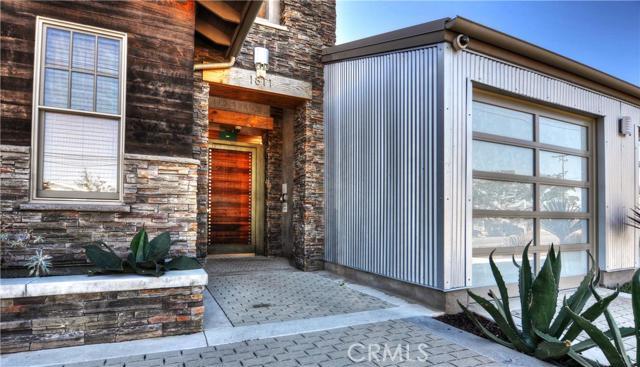 Single Family Home for Sale at 1811 Gisler Avenue Costa Mesa, California 92626 United States