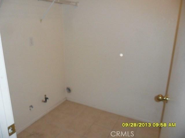 13652 Sylvan Oaks Road, Victorville CA: http://media.crmls.org/medias/e9eb5583-3736-485b-864b-9ce8246f59b0.jpg