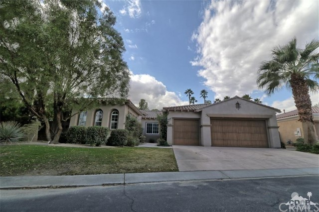 52405 Shining Star Lane La Quinta, CA 92253 is listed for sale as MLS Listing 215033088DA