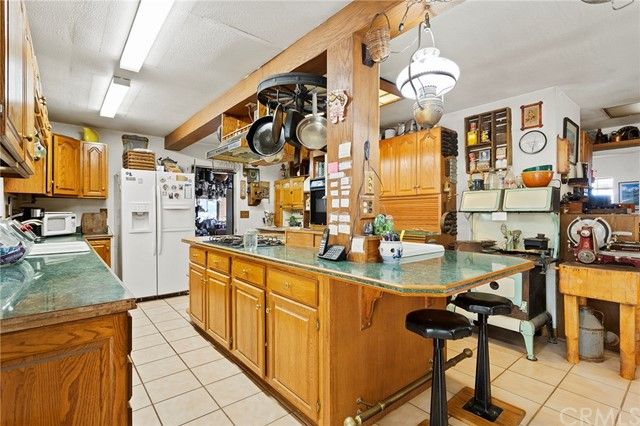 39000 Highway 79, Warner Springs CA: http://media.crmls.org/medias/e9f0501c-0cb1-49ee-8ed7-0211ac023291.jpg