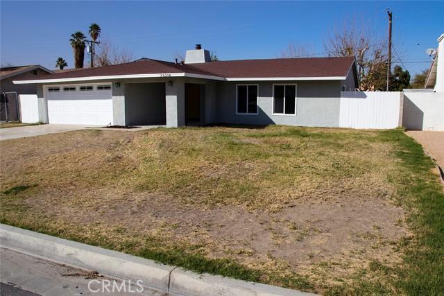 73216 San Nicholas Avenue, Palm Desert CA: http://media.crmls.org/medias/e9f28af5-e380-48db-8a23-3621d08f0e8e.jpg