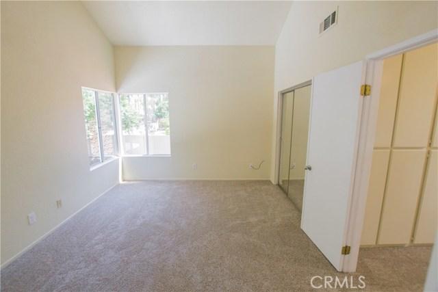 11511 Bryn Mawr Avenue, Loma Linda CA: http://media.crmls.org/medias/e9f43263-bee0-4874-9484-ac429faf6dc5.jpg