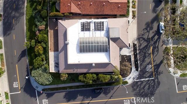 1734 Santiago Drive, Newport Beach CA: http://media.crmls.org/medias/e9f7c43d-5099-41b3-9f19-a8035b95a3a7.jpg