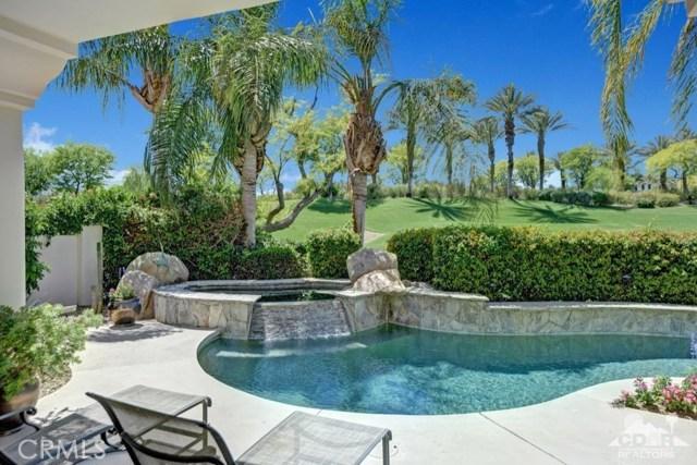 455 Indian Ridge Drive, Palm Desert CA: http://media.crmls.org/medias/e9fb9b8d-8de5-43d6-aba3-a8991f375556.jpg