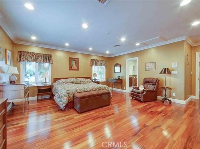 423 N Magnolia Avenue, Monrovia CA: http://media.crmls.org/medias/ea197794-cb88-407d-9a2d-26d1d52c0721.jpg