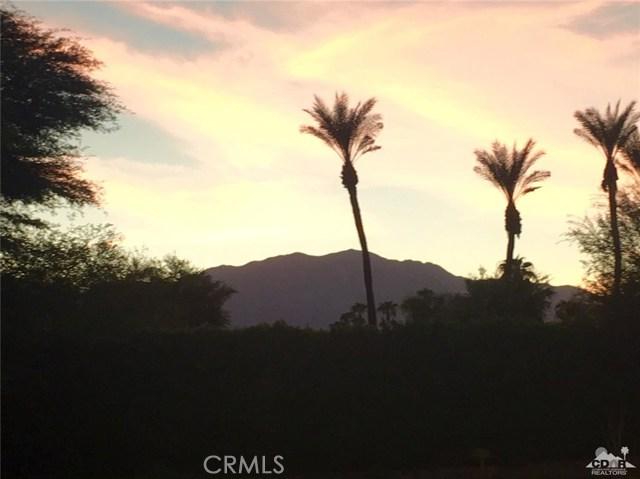 5 Varsity Circle, Rancho Mirage CA: http://media.crmls.org/medias/ea1b9ebb-936d-43e6-bf67-a0780397b648.jpg