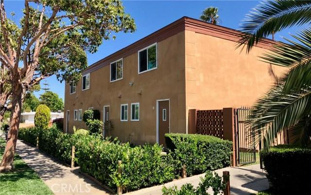 735 Joann Street, Costa Mesa CA: http://media.crmls.org/medias/ea1c7d1d-143c-4328-b793-fb366008e2aa.jpg