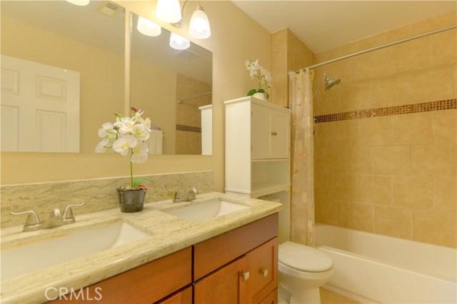 185 Madison Street, Oceanside CA: http://media.crmls.org/medias/ea1e311f-b4db-439b-ac11-a9d66a9f33b6.jpg