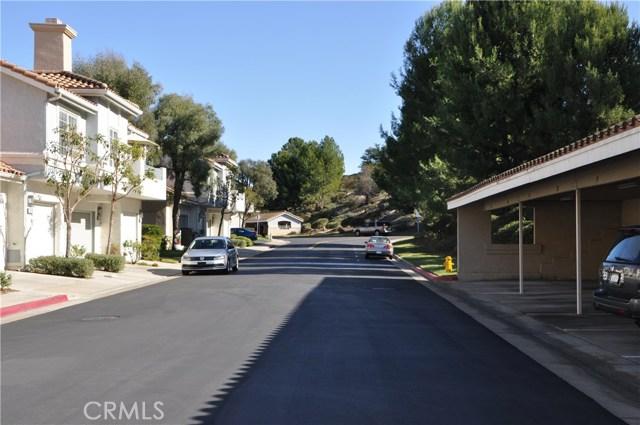 8055 E Sandstone Drive, Anaheim Hills CA: http://media.crmls.org/medias/ea22f51c-76c5-4cd0-9591-c273382a859b.jpg