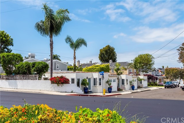 2505  Maple Avenue, Manhattan Beach in Los Angeles County, CA 90266 Home for Sale