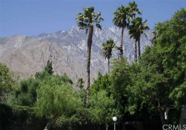 2809 N Los Felices E Circle, Palm Springs CA: http://media.crmls.org/medias/ea2fef68-73ec-42df-9713-af0a3d4d45a0.jpg