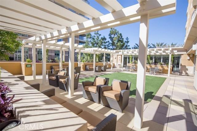 3045 Scholarship, Irvine CA: http://media.crmls.org/medias/ea324c3a-fcab-4024-8a5b-f5802062b584.jpg
