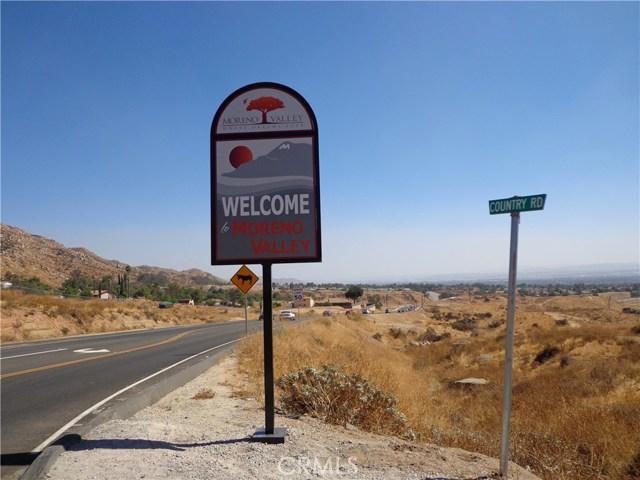 9325 JODEN RD, Moreno Valley CA: http://media.crmls.org/medias/ea32af6c-52bb-43b7-aac0-16c8f4fc7e84.jpg