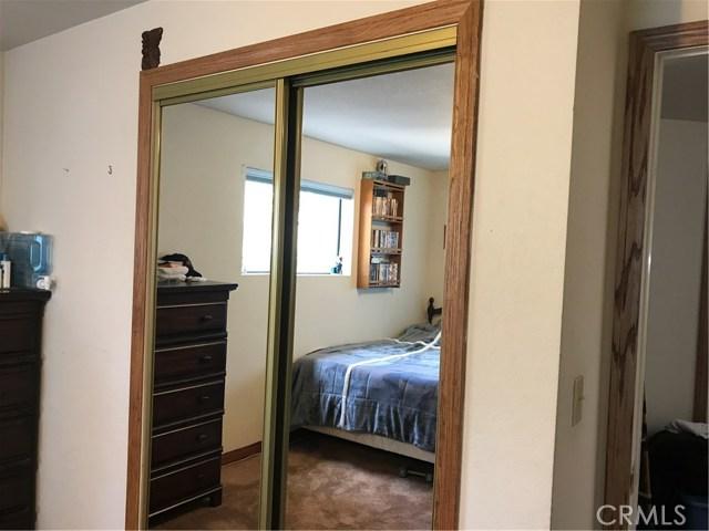 39900 LAKEVIEW Drive, Big Bear CA: http://media.crmls.org/medias/ea33cc26-73d2-4570-b79a-6ea9685f9dee.jpg
