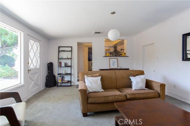 9160 Alder Street, Rancho Cucamonga CA: http://media.crmls.org/medias/ea3481cc-a004-469e-8740-8f7ba54ab5a6.jpg